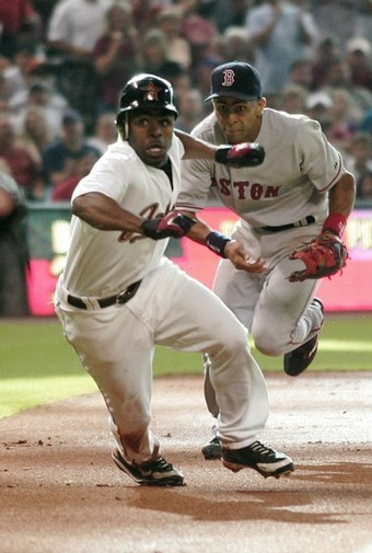 Michael Bourn and Julio Lugo.jpg